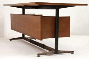 Italian-desk-1950