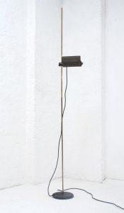 joe-colombo-626-1972-oluce