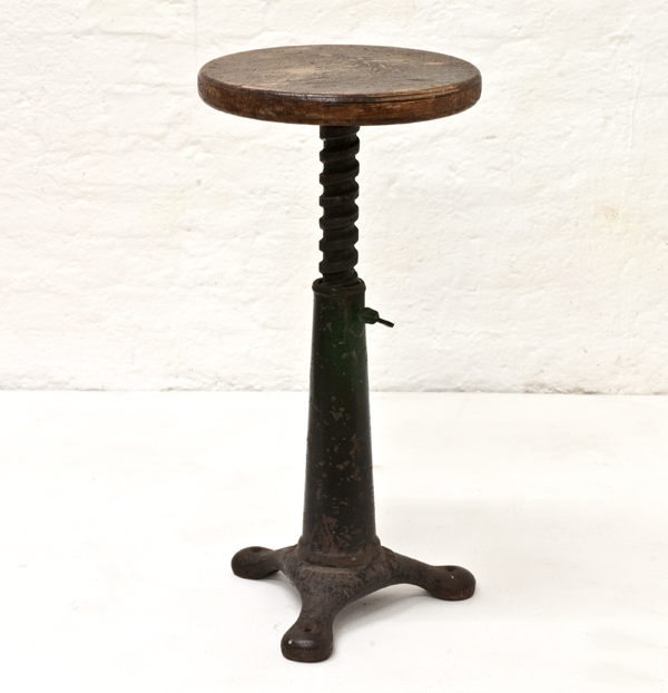 Workshop-stool-singer-1910
