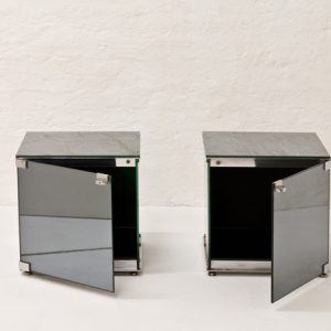 Mirrored-Side-table-Guiseppe-Raimondi-Cristal-Art-1970