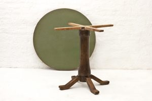 Italian-side-table-1940