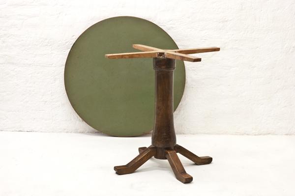 Italian-side-table-1940
