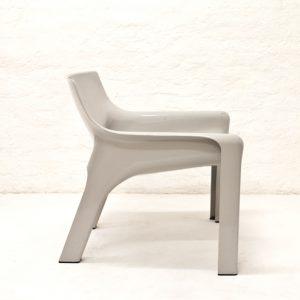 Vico-Magistretti-Vicario-armchair-Artemide-1970