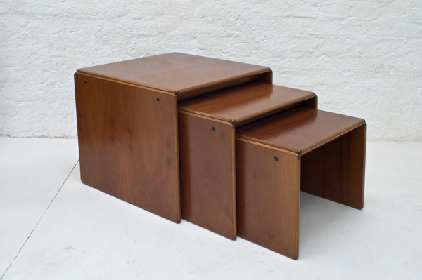 A&T_Scarpa-nesting-table-Torcello-serie-1965