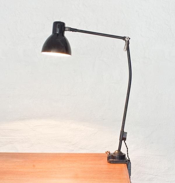Table-lamp-Kandem- M-Brandt-H-Bredendieck-1934